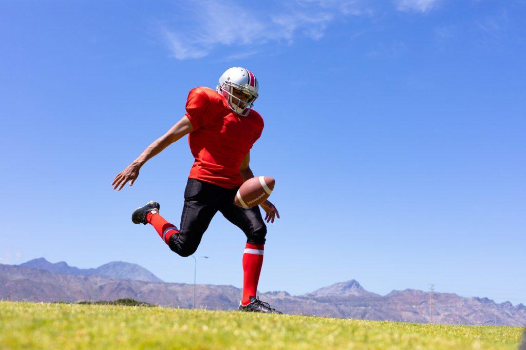 Como jogar futebol americano